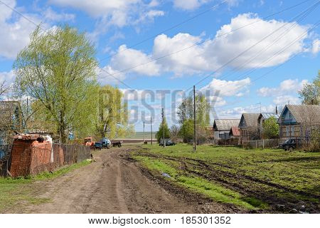 May 7 2017: Village street in the Russian outback. Russia. Chuvashia. The village of Kivsert-Yanishevo.