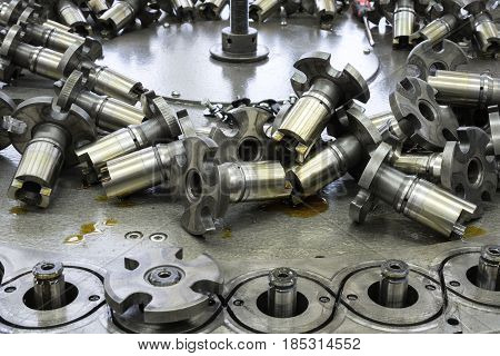 Repair and maintenance of the braiding machine. Placer elements of the mechanism.
