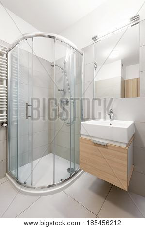 Shower And Cabinet For Washbasin