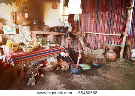 Alpaca Traditional Manufacture