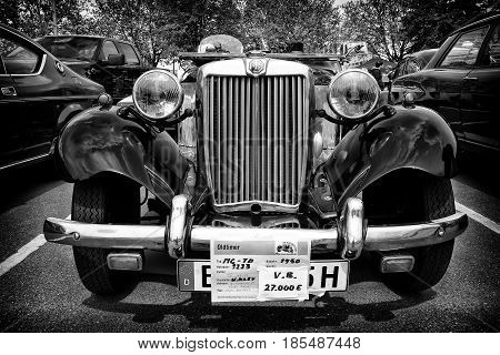 Berlin - May 11: Sport Car Mg Td Midget (black And White), 26Th Oldtimer-tage Berlin-brandenburg, Ma