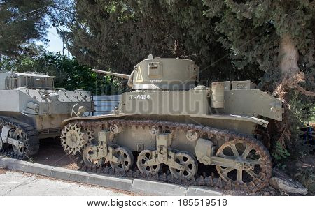 Vintage Armour Ardeer Tank  At Latrun Armored Corps Museum