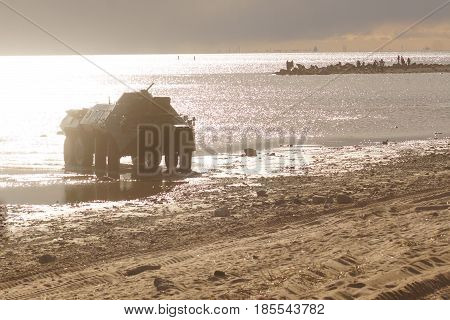 The Tank Rides On The Water, Scattering Water, A Sunny Evening On The Bay