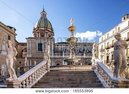 Palermo sculptural Fontain Pretoria architecture, Sicily, Italy.