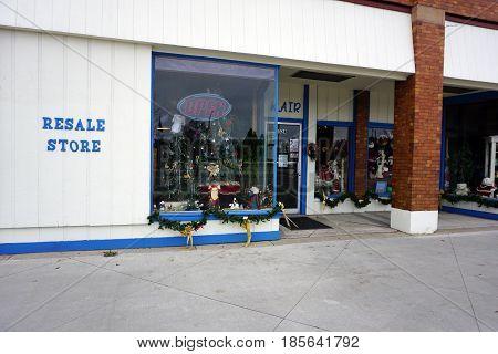 KALKASKA, MICHIGAN / UNITED STATES - NOVEMBER 27, 2016: Kalkaska Area Interfaith Resources (KAIR) provides a resale store on Cedar Street in downtown Kalkaska.