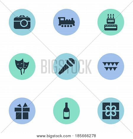 Vector Illustration Set Of Simple Holiday Icons. Elements Confectionery, Camera, Speech And Other Synonyms Photography, Fizz And Prize.