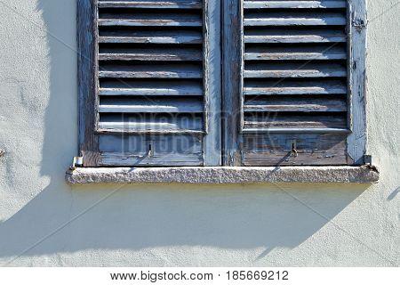 Grey Window  Castellanza  Palaces