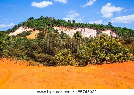 Preserve natural ocher. South of France, Languedoc - Roussillon