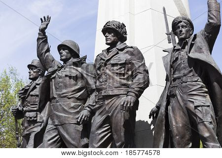Monument to the member countries of the anti-Hitler coalition in Victory Park Russia Moscow May 9 2015