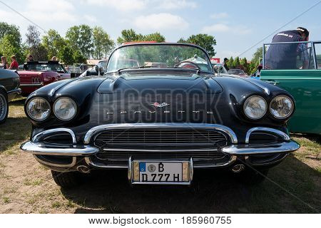 Paaren Im Glien, Germany - May 19: American Iconic Sports Car Chevrolet Corvette (first Generation-c