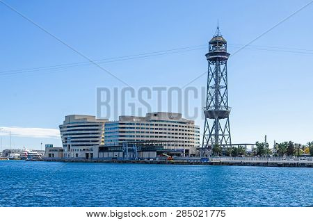 Barcelona, Spain - November 10, 2018: Barcelona Cruise Port With Its Steel Truss Tower Of The Aerial
