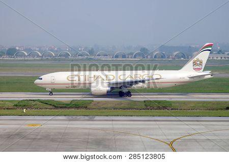 Hanoi, Vietnam - 24th November 2018: Noi Bai International Airport, Cargo Flight In Etihad Airways P
