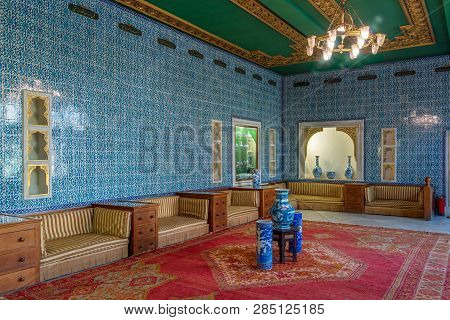 Cairo, Egypt - August 26 2018: Manial Palace Of Prince Mohammed Ali. Blue Tiled Hall At The Residenc