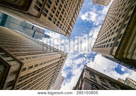 Looking Up At Chicago's Vintage Building In Financial Districtbuildings, Chicago, Business, Up, Plan