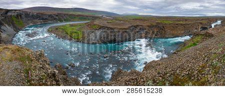 Panoramic view of Aldeyjarfoss waterfall on the  Skjálfandafljót river at the northern part of the Sprengisandur Highland Road, Highlands, Northeastern Iceland, Scandinavia