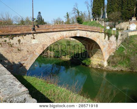 Old arch brige