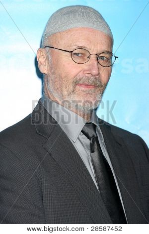 LOS ANGELES - JAN 6:  Creed Bratton arrives at the NBC Universal All-Star Winter TCA Party at The Athenauem on January 6, 2012 in Pasadena, CA