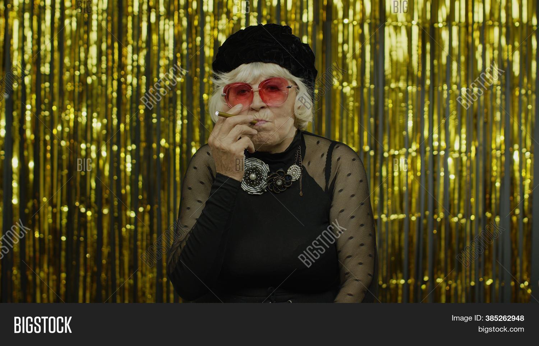 Com granny mature Parent reviews