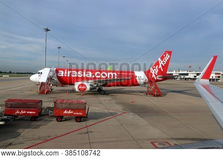 Don Muang, Bangkok, Thailand, June 6, 2018 : The Plane Of Thai Airasia, Airbus A320  Is Parked On Th