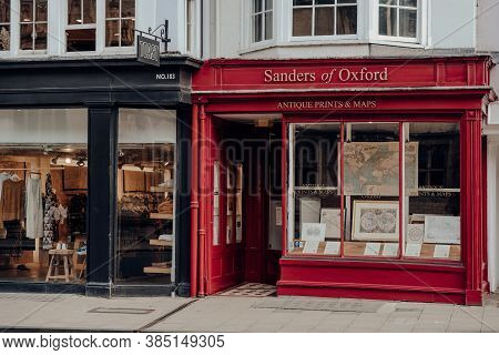 Oxford, Uk - August 04, 2020: Exterior Of Sanders Of Oxford Maps And Antiques Shop In Oxford, A City