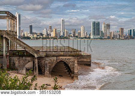 Panama City, Panama - November 30, 2008: Modern Highrise Building Along Gray Bay Water Shoreline See