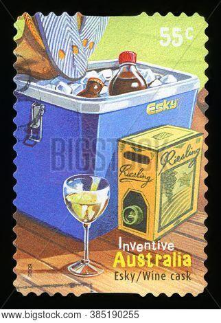 Australia - Circa 2009 : A Stamp Printed In Australia Shows Australian Inventions Esky Wine Cask, Ci