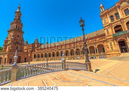 Seville, Andalusia, Spain - April 18, 2016: Leon Bridge With Azulejos Decorations And Architecture W