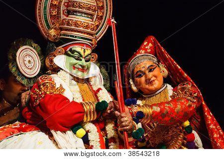 CHENNAI, INDIA - SEPTEMBER 8: Indian traditional dance drama Kathakali preformance on September 8, 2009 in Chennai, India. Performers plays Arjuna (pacha) and Subhadra characters