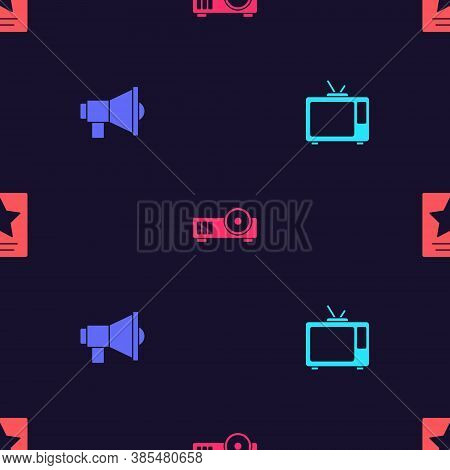 Set Retro Tv, Megaphone, Media Projector And Hollywood Walk Of Fame Star On Seamless Pattern. Vector