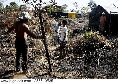 Eunapolis, Bahia / Brazil - July 27, 2009: Member Of The Luta Pela Terra Movement - Mlt - Are Seen O