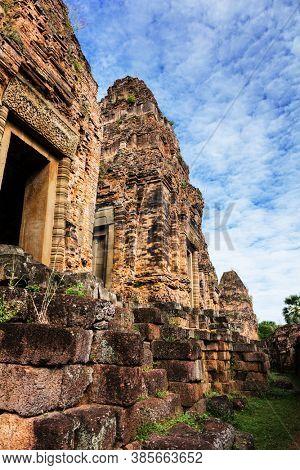 tower Pre Rup temple, Angkor complex, Cambodia
