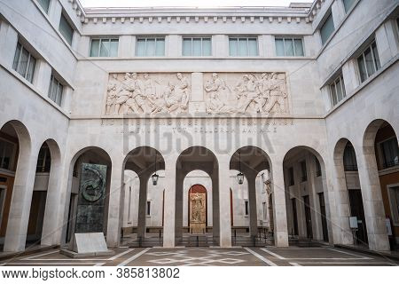 Padova, Italy - August 17 2020: Padova University New Court In Bo Palace Or Cortile Nuovo In Palazzo