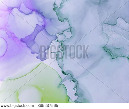 Ethereal Paint Pattern. Alcohol Ink Wash Background. Purple Creative Drop Canvas. Sophisticated Colo