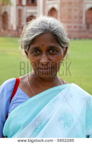Jaipur, India - June 15Th, 2007: Elegant Indian Lady In A Blue Silk Sari.