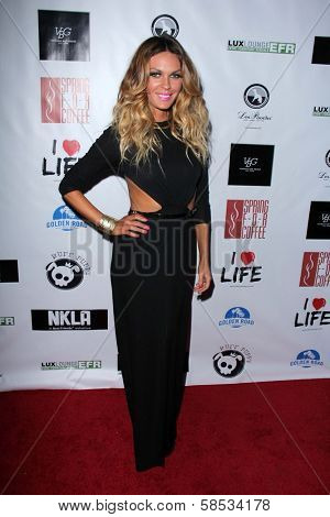 Jasmine Dustin at the No Kill L.A. Charity Event, Fred Segal, West Hollywood, CA 04-02-13