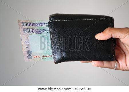 A Wallet With Rs200