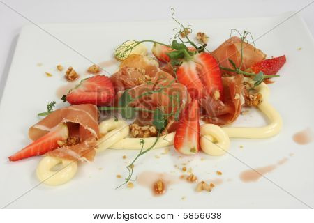 Parma Ham And Strawberry Salad