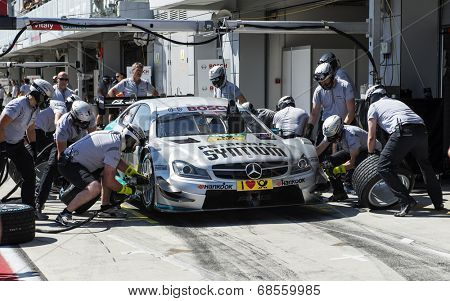 VOLOKOLAMSK, MOSKOW REGION - JULY 13, 2014: DTM (Deutsche Tourenwagen Masters) Moscow Raceway. Replacing Car Tires