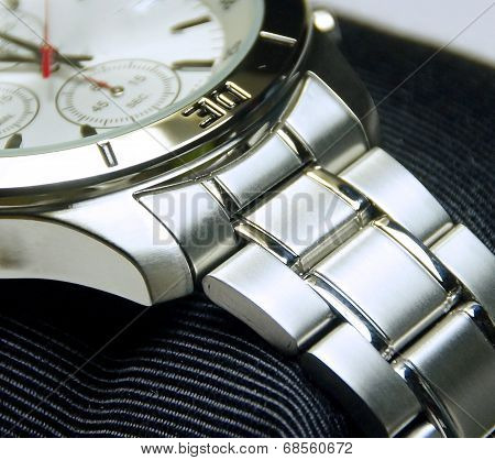 The stainless steel of chronograph watch