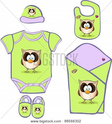Cute Baby Layette With Cute Owl - Vector Illustration