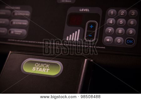 Start and Stop push bottom on the machine, Selector fitness room. Function on Treadmill belt.