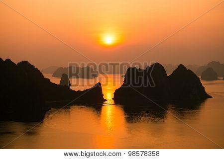 Beautiful sunrise in Halong bay