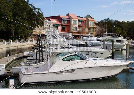 Лодки на Хилтон голову, NC