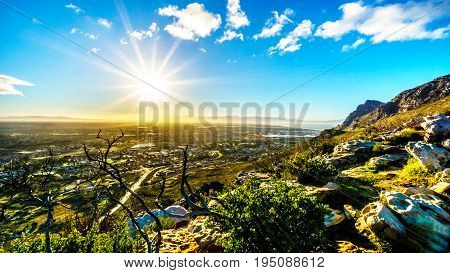 Sunrise over the Western Cape from the Ou Kaapse Weg, Old Cape Road, on a clear winter morning