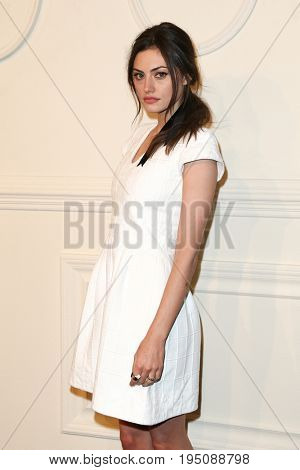 NEW YORK-MAR 31: Actress Phoebe Tonkin attends the CHANEL Paris-Salzburg 2014/15 Metiers d'Art Show and Party at the Park Avenue Armory on March 31, 2015 in New York City.
