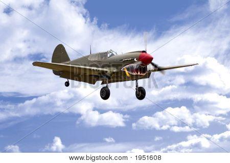 P-40 Landing