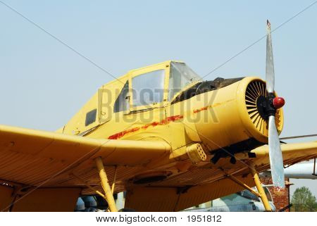 Stationary Propeller Airplane