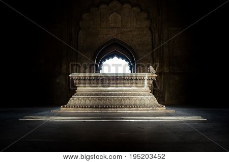 Safdarjung Tomb, New Delhi, India - 9 April 2016 : A Shot With Light Entering Through The Arch Gate