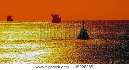ship sunset sails in the sunset photo