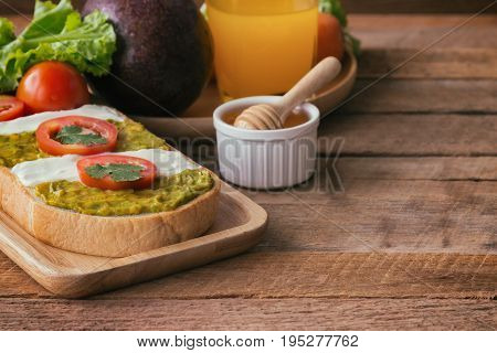 Open Sandwich For Breakfast Or Lunch. Healthy Sandwich Spread With Cream Cheese,  Avocado And Tomato